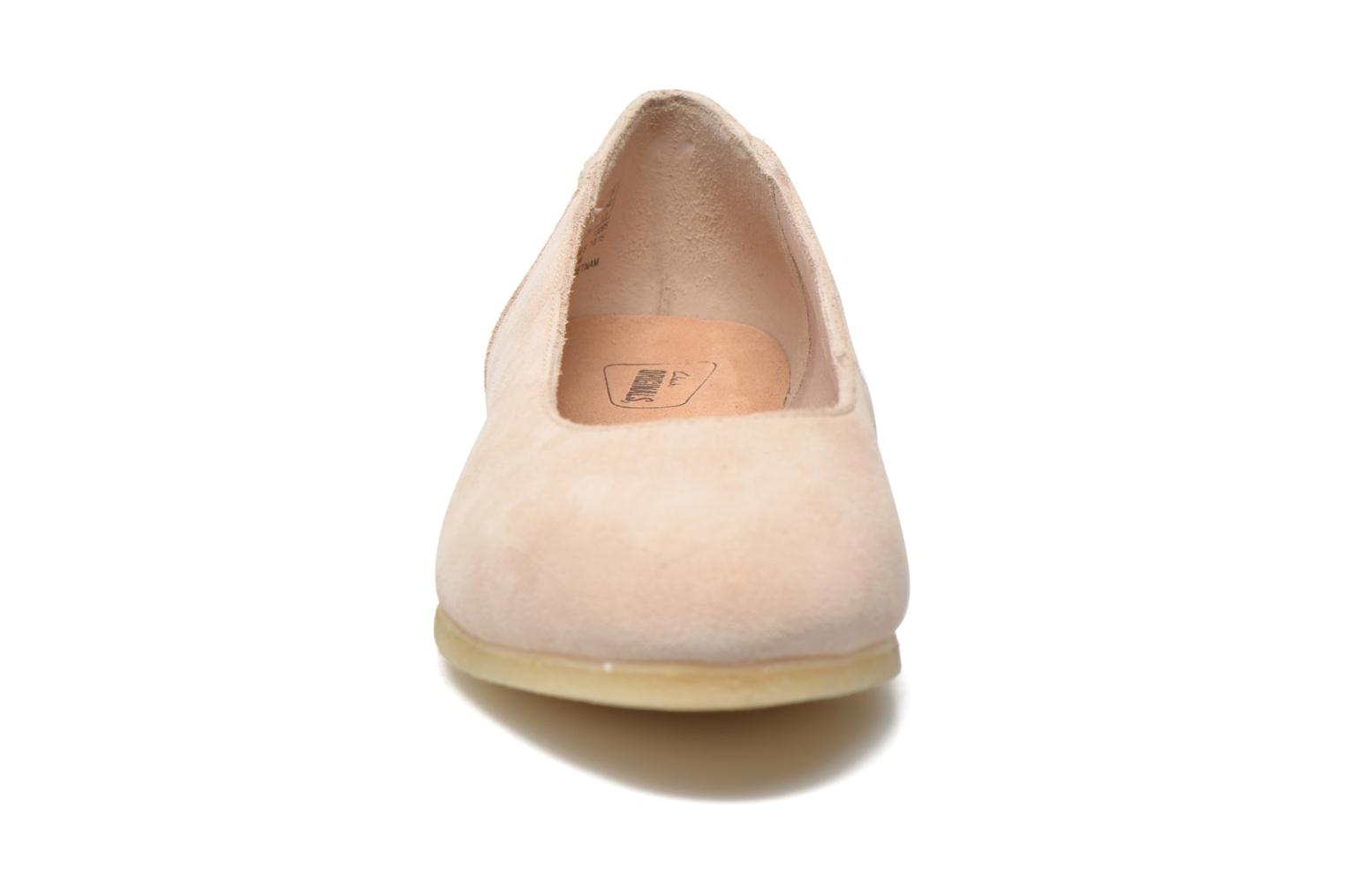 Ballerine Clarks Originals Ffion Ivy Rosa modello indossato