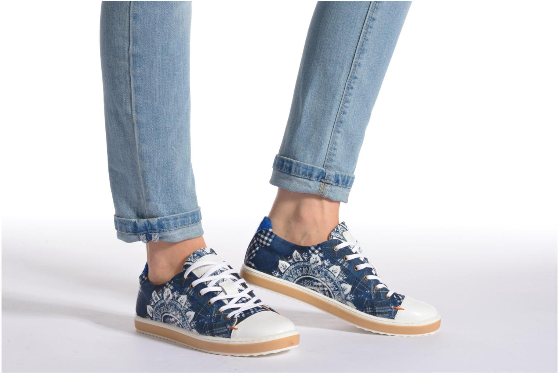 Sneaker Desigual SHOES_HAPPYNESS blau ansicht von unten / tasche getragen