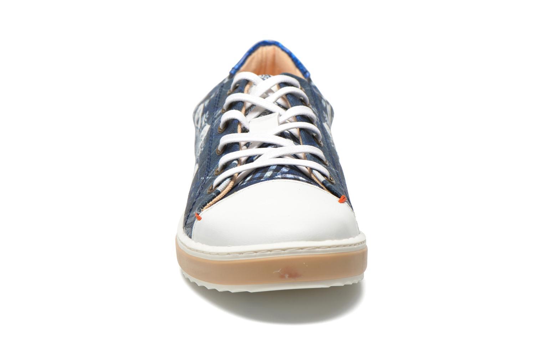 Baskets Desigual SHOES_HAPPYNESS Bleu vue portées chaussures