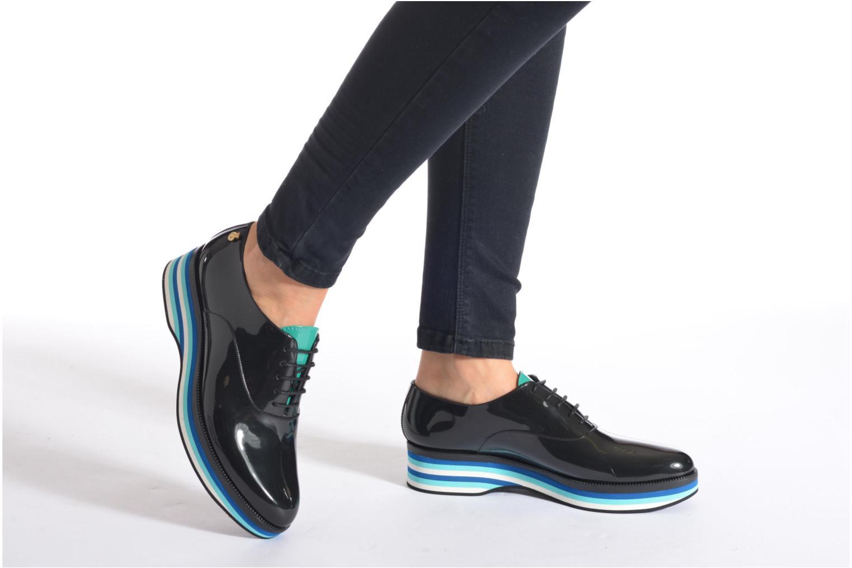 Chaussures à lacets Lemon Jelly Billie Noir vue bas / vue portée sac