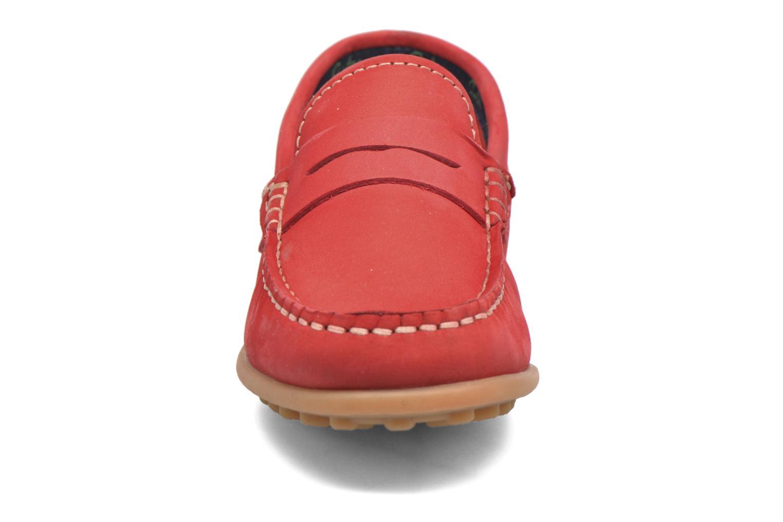 Mocassins Aster Mocadi Rouge vue portées chaussures