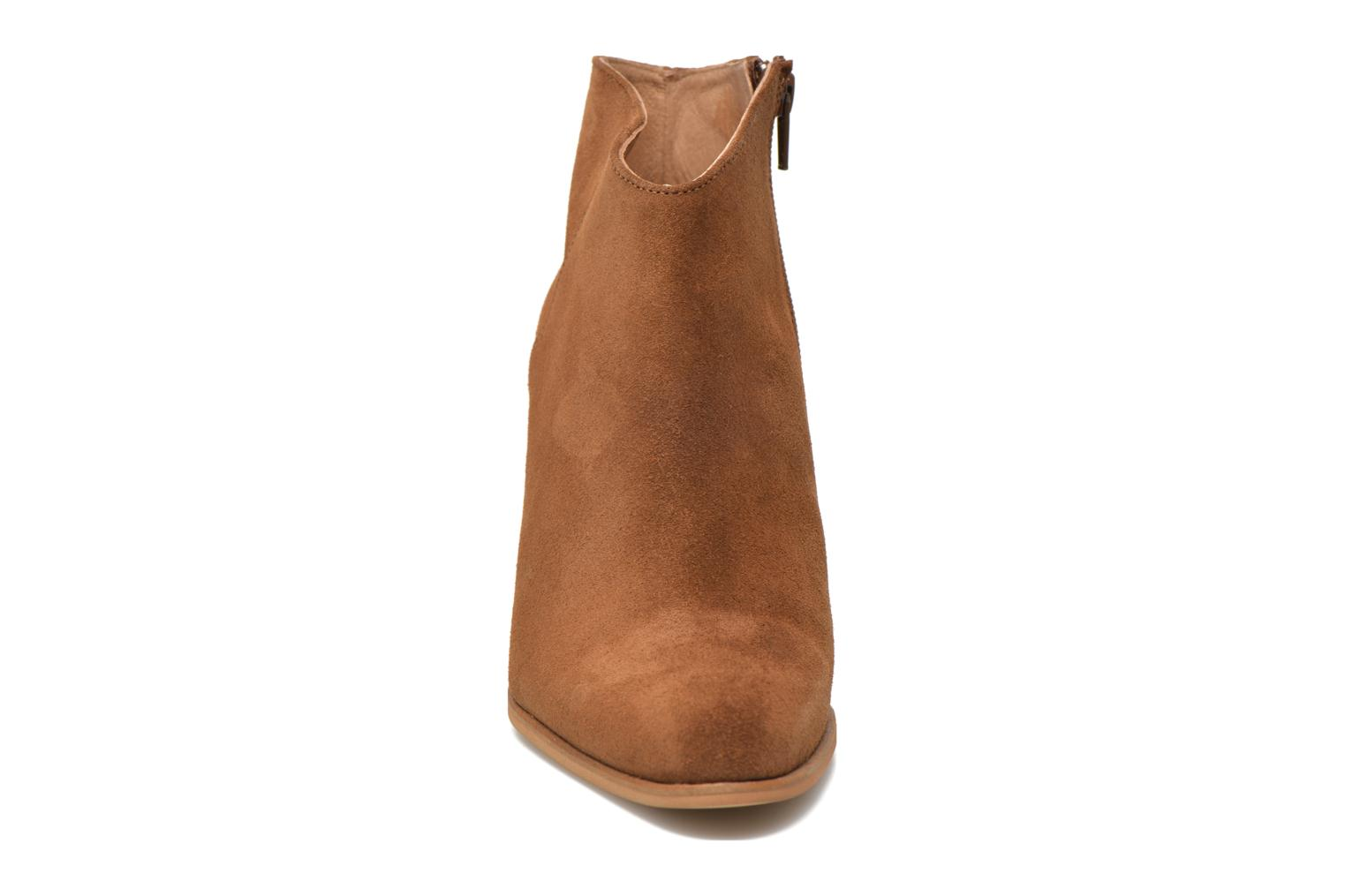 Ankle boots Muratti Angel Brown model view