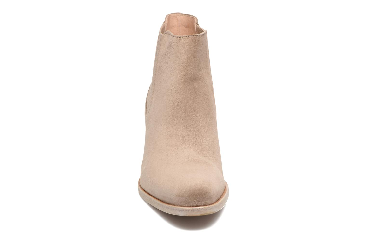 Ankle boots Muratti Bloody Beige model view