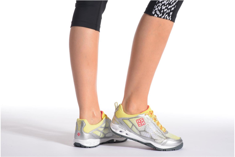 Chaussures de sport Columbia Megavent Fly Jaune vue bas / vue portée sac