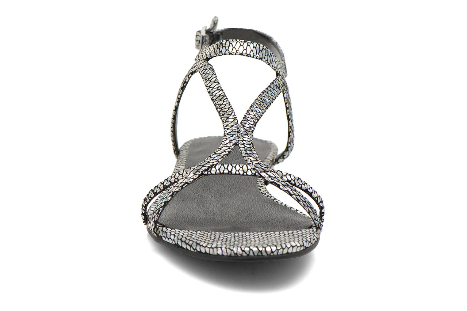 Sandals Guess Jalen Silver model view