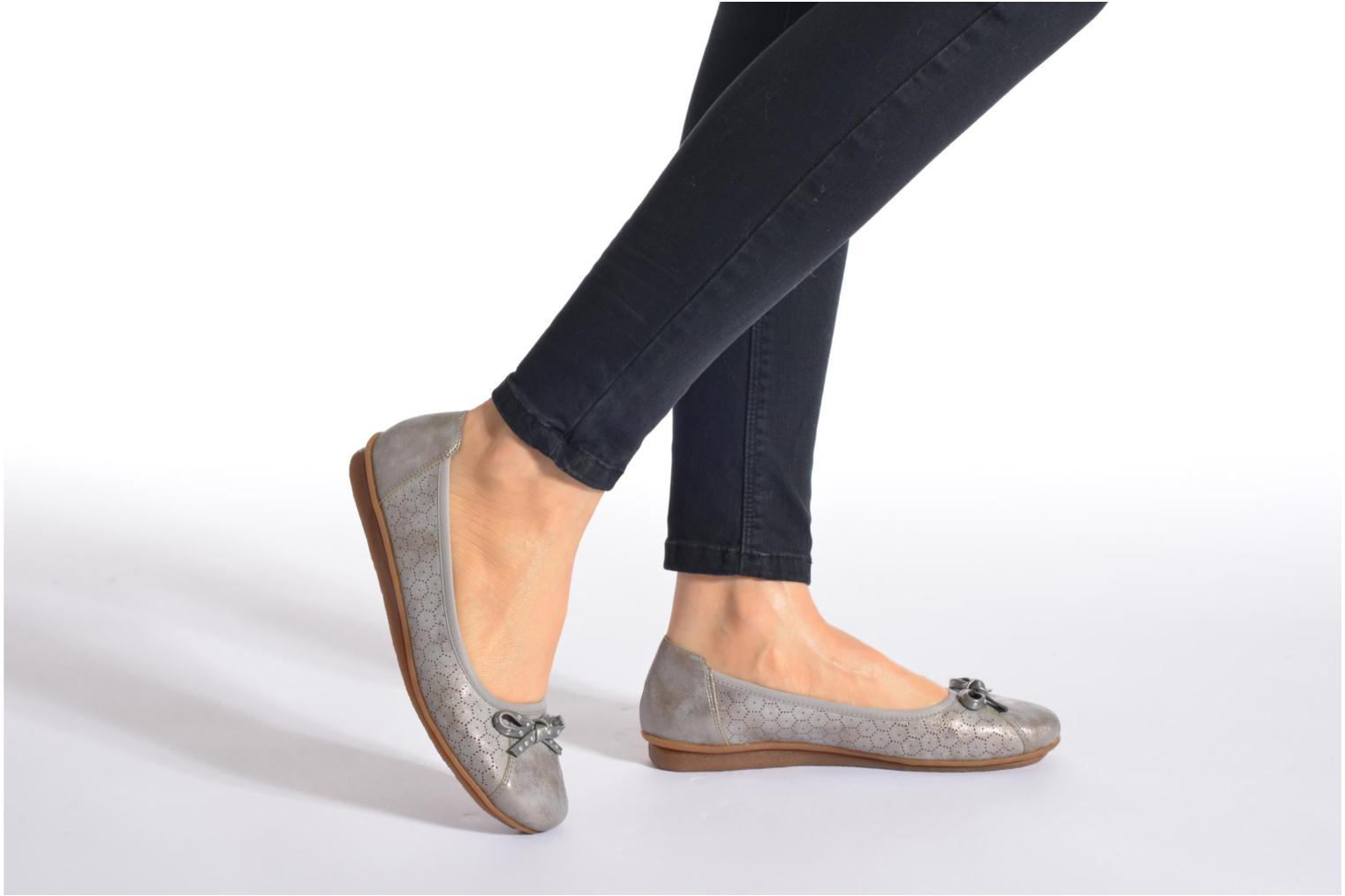 Ballet pumps Rieker Valy 43965 Grey view from underneath / model view