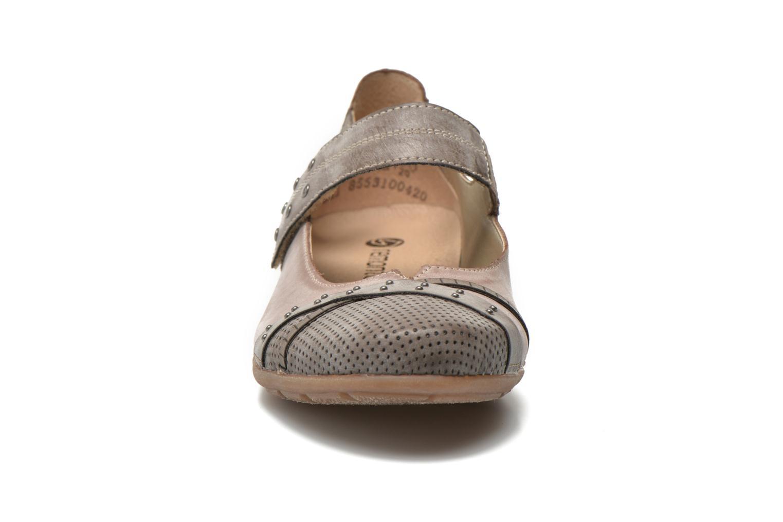 Ballerines Remonte Teen D4627 Beige vue portées chaussures