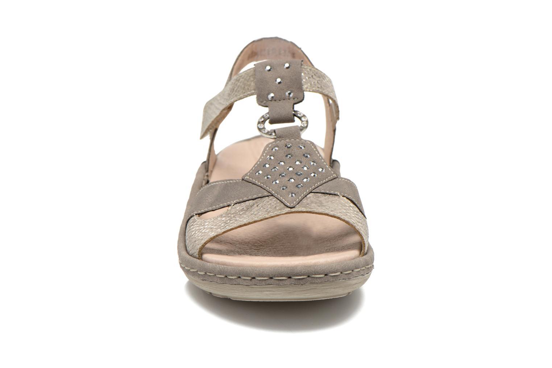 Sandalen Remonte Miny D7668 grau schuhe getragen