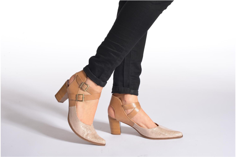 Zapatos de tacón Karston Kzola Beige vista de abajo