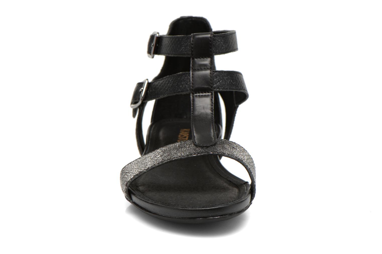 Sandalen Karston Kozin schwarz schuhe getragen