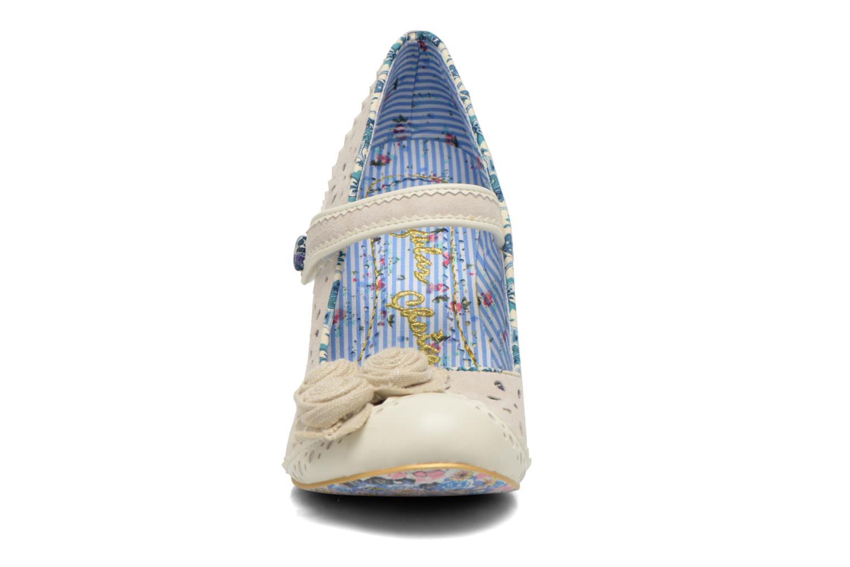 Escarpins Irregular Choice Echo Beige vue portées chaussures