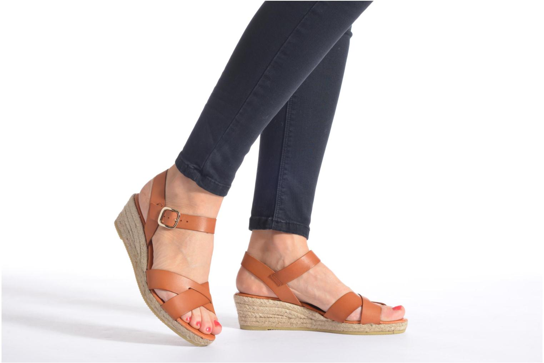 Sandalen Georgia Rose Inof braun ansicht von unten / tasche getragen