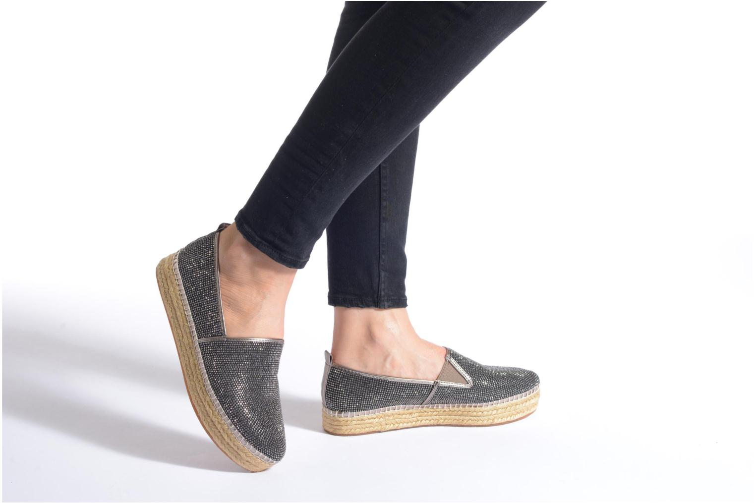 Espadrilles Steve Madden CHOPUR-R Bronze and Gold view from underneath / model view