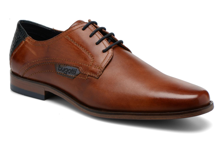 Zapatos con cordones Bugatti Villano 311-15601 Marrón vista de detalle / par