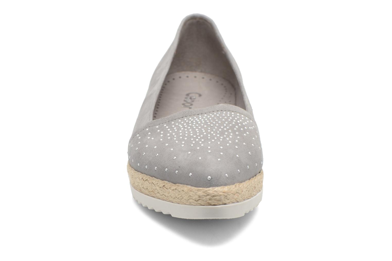 Ballerines Gabor Sabine Gris vue portées chaussures