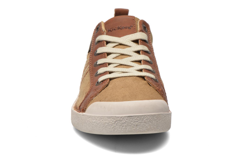 Sneaker Kickers TRIDENT beige schuhe getragen