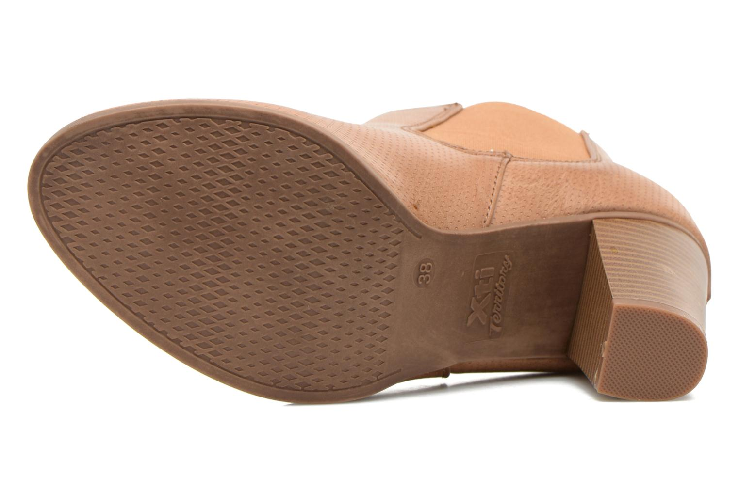 Ankle boots Xti Mila 45011 Brown view from above