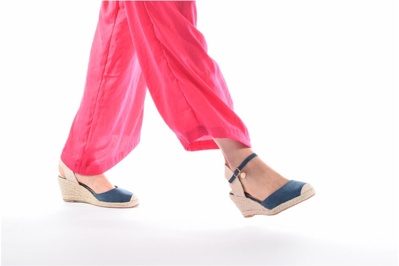 Sandalen Xti Sugar 45059 blau ansicht von unten / tasche getragen
