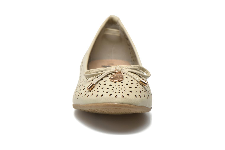 Ballerines Xti Lila 45038 Beige vue portées chaussures