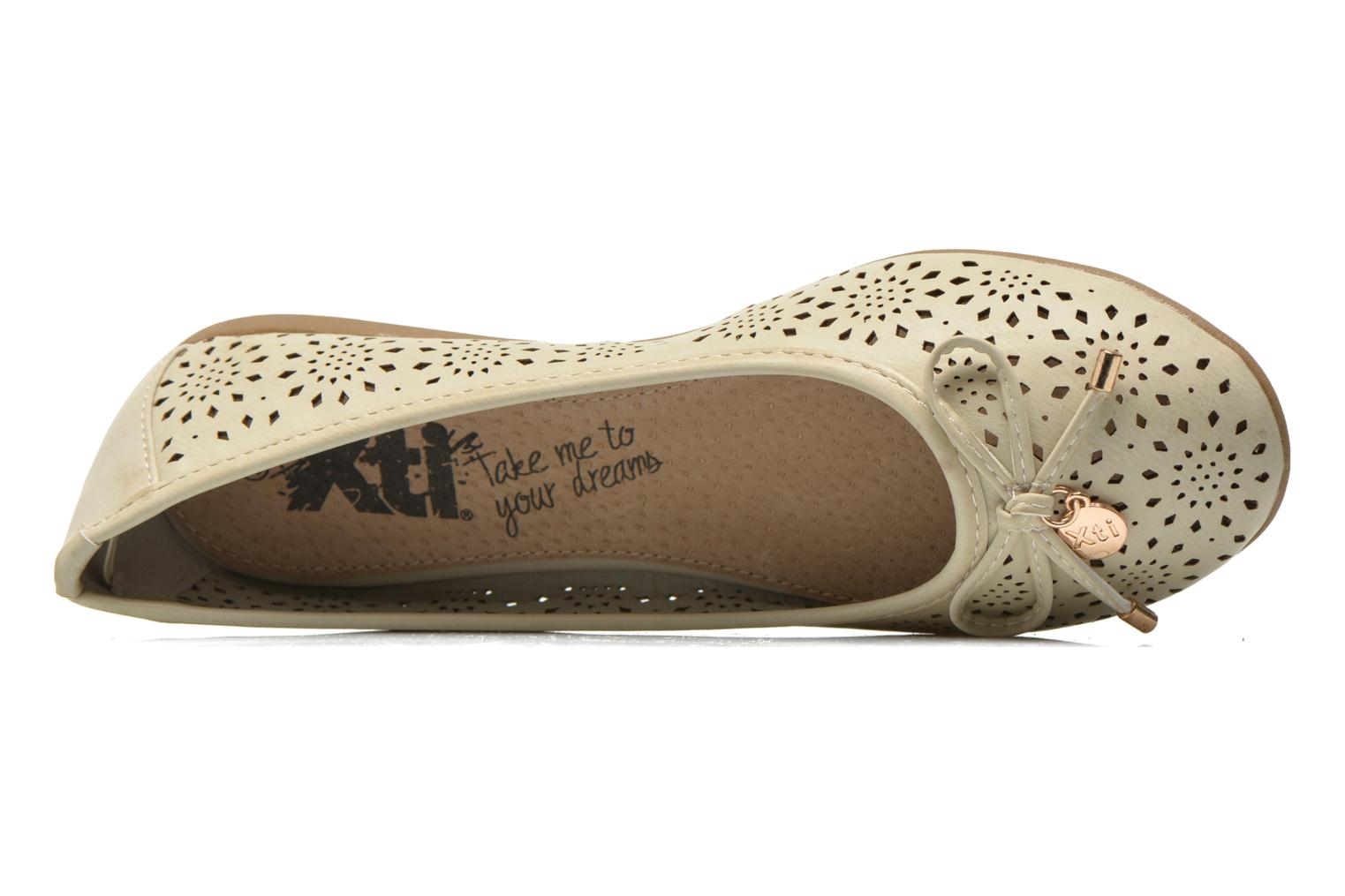 Ballet pumps Xti Lila 45038 Beige view from the left