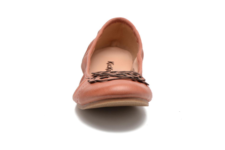 Ballerinas Kickers Liber rot schuhe getragen