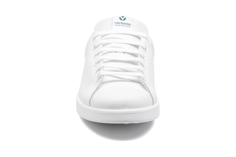 Trainers Victoria Deportivo Piel White model view