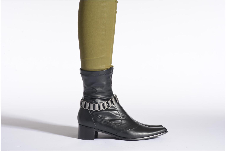 Bottines et boots Enza Nucci Tatiana Noir vue bas / vue portée sac
