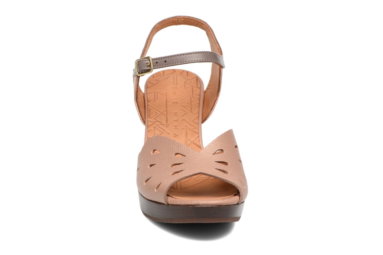 Sandals Chie Mihara Loha Brown model view