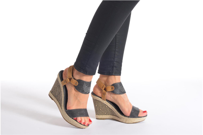 Sandales et nu-pieds Kaporal Rose Noir vue bas / vue portée sac