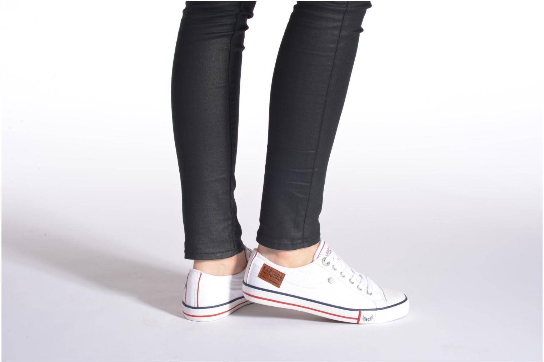 Sneaker Kaporal Icare W weiß ansicht von unten / tasche getragen