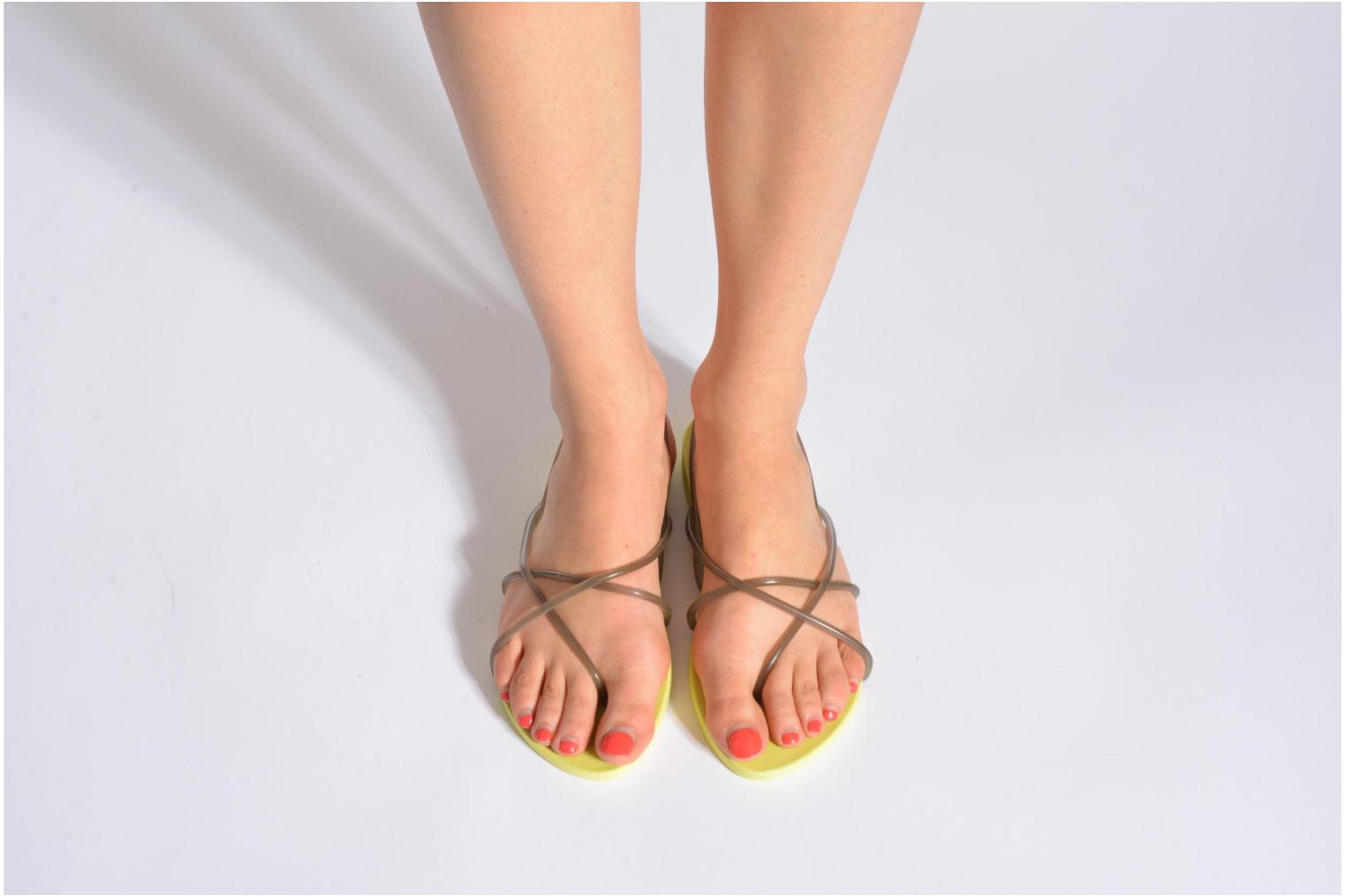 Sandals Ipanema Philippe Starck Thing G Fem Orange view from underneath / model view