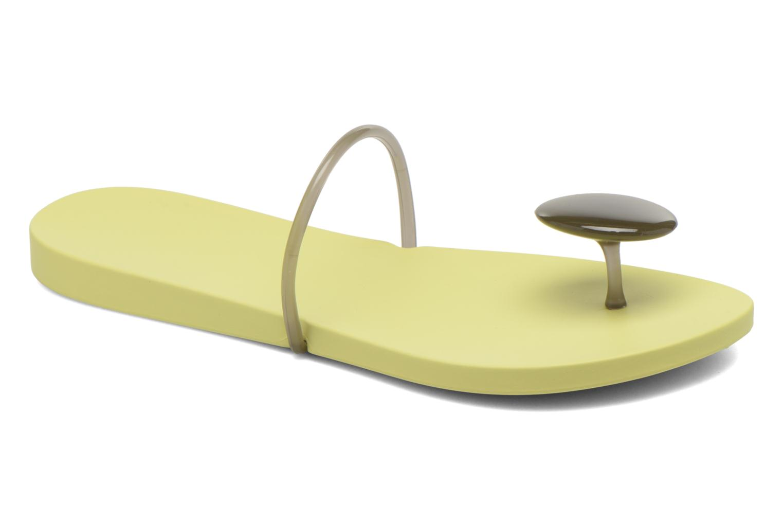 Tongs Ipanema Philippe Starck Thing U Fem Jaune vue détail/paire