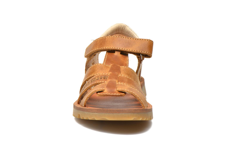 Sandales et nu-pieds GBB Martial Marron vue portées chaussures