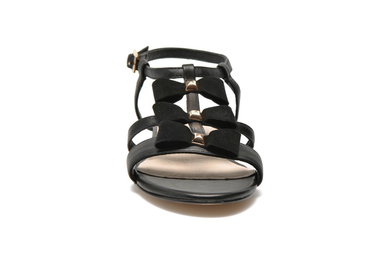 Sandales et nu-pieds COSMOPARIS Hilee Noir vue portées chaussures