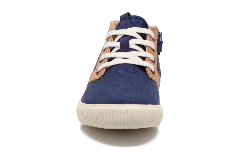 Baskets Kickers Perouze Bleu vue portées chaussures