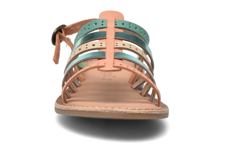 Sandales et nu-pieds Kickers Dixmillion Perf Bleu vue portées chaussures