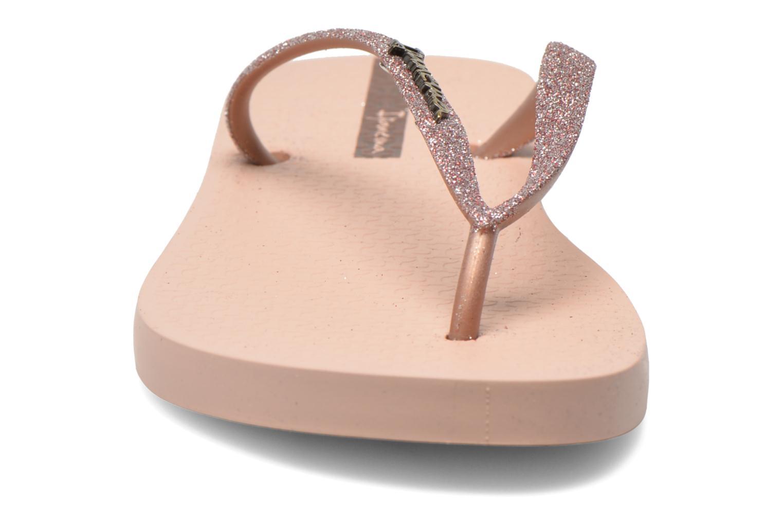 Tongs Ipanema Lolita III Rose vue portées chaussures