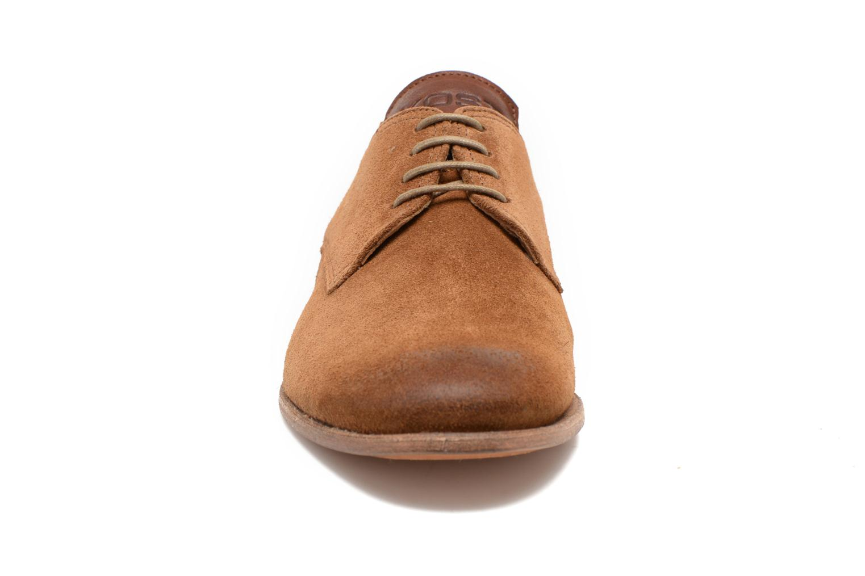 Zapatos con cordones Kost Snape Marrón vista del modelo