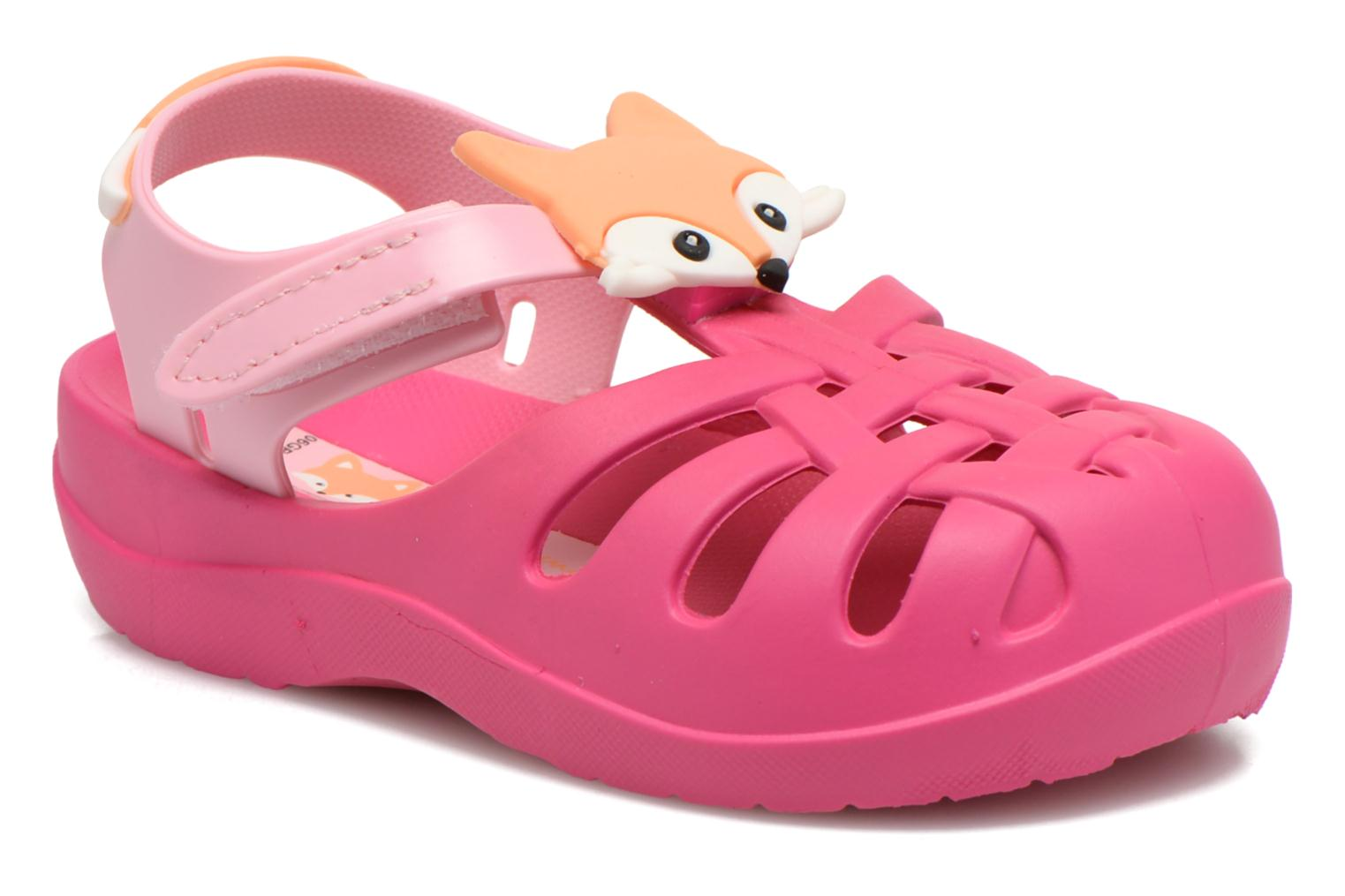 Sandals Ipanema Summer II Baby Pink detailed view/ Pair view