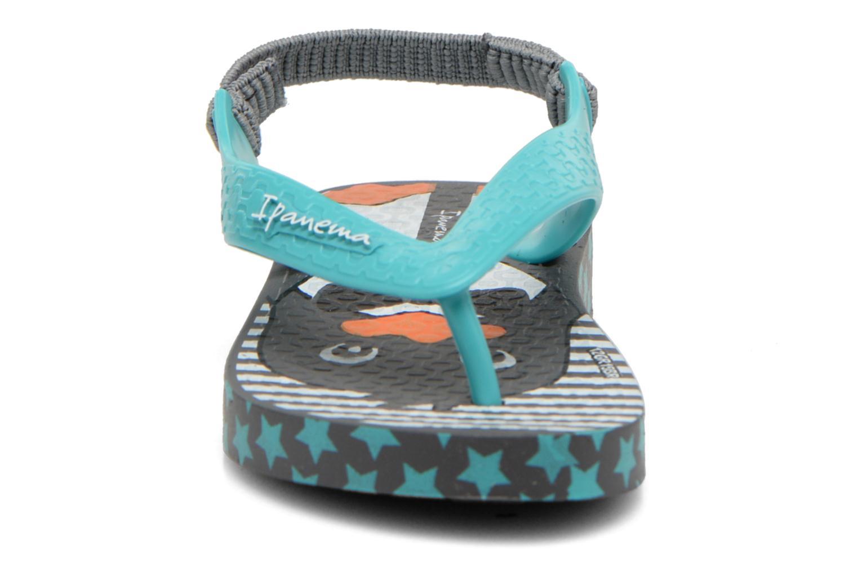 Tongs Ipanema Temas IV Baby Gris vue portées chaussures