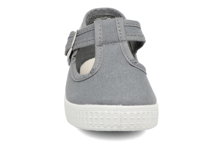 Baskets Cienta Foliv Gris vue portées chaussures