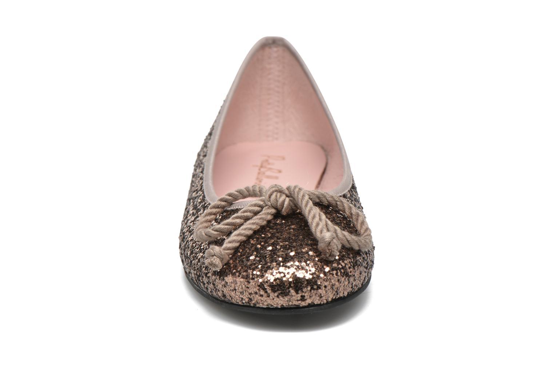 Ballerines Pretty Ballerinas Rosario Beige vue portées chaussures