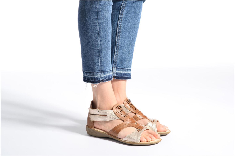 Sandales et nu-pieds Dorking Oda 6769 Marron vue bas / vue portée sac