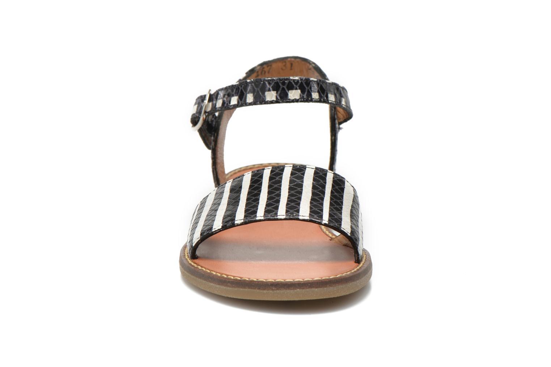 Sandali e scarpe aperte Pom d Api Nikky Sandal Eyeliner Nero modello indossato