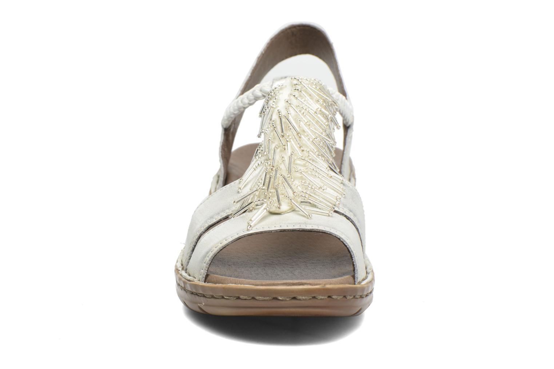 Sandales et nu-pieds Ara Hawai 2 Blanc vue portées chaussures