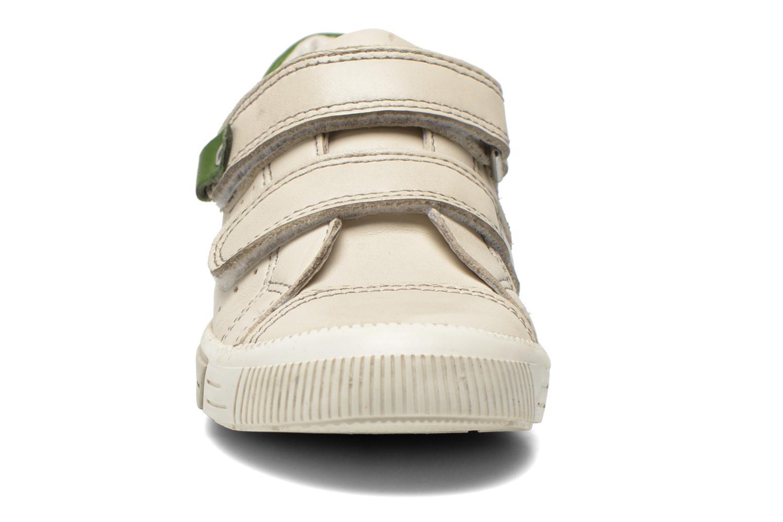 Baskets Noël Mini Raky Beige vue portées chaussures