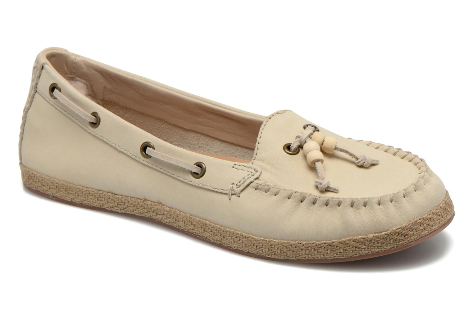 Loafers UGG Suzette Beige detailed view/ Pair view