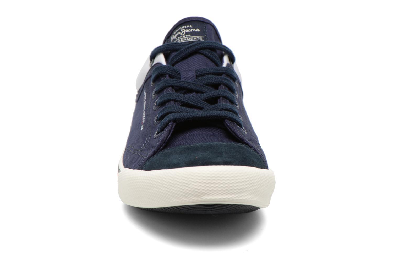 Sneakers Pepe jeans Britt Piping Azzurro modello indossato