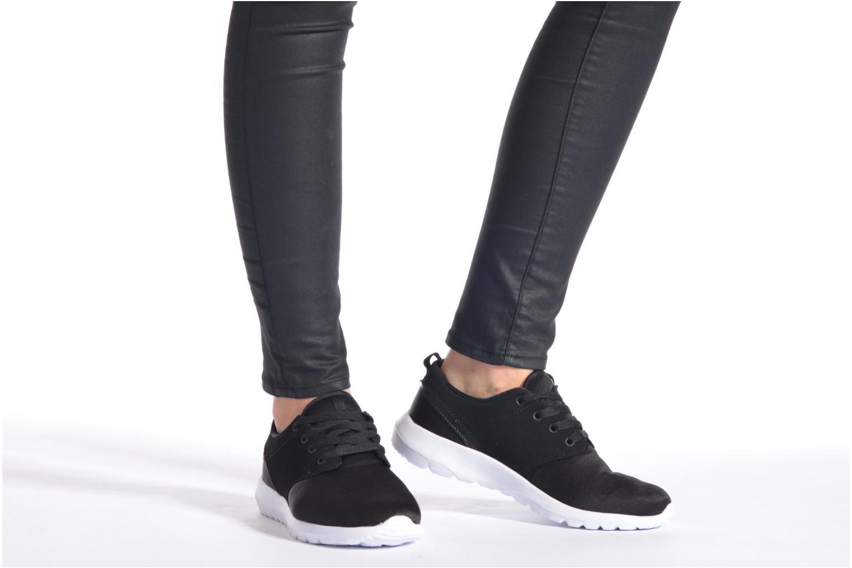 Baskets Vero Moda Lani Sneaker Noir vue bas / vue portée sac
