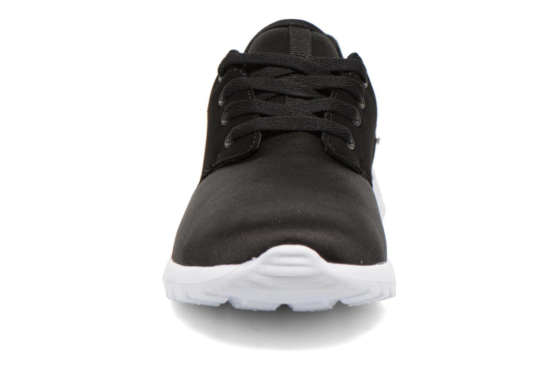 Baskets Vero Moda Lani Sneaker Noir vue portées chaussures
